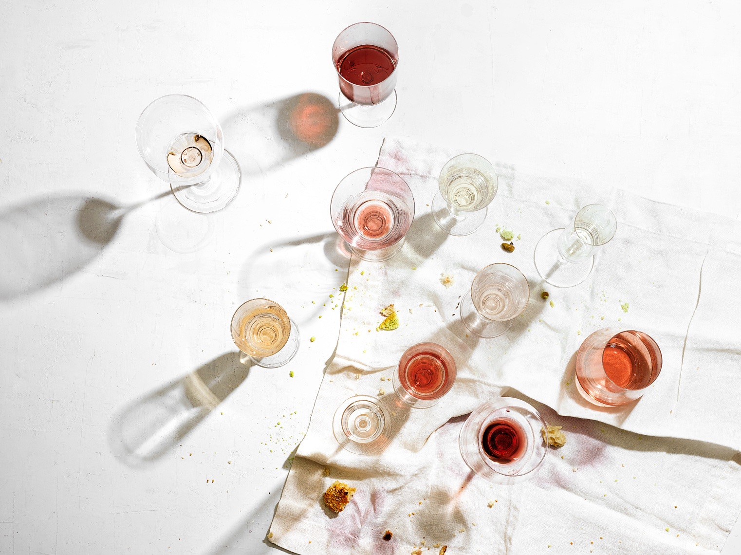 Andrew-McCaul_Food_StillLife_wine_Empty