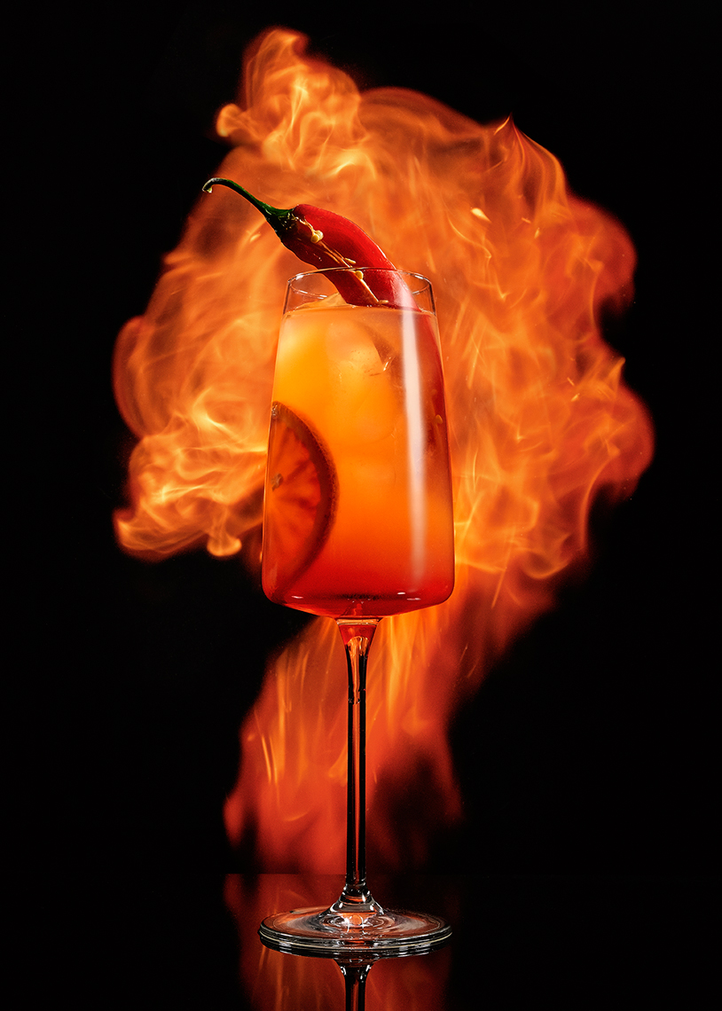 Cocktail_WithFlame_143488._DrinkColor
